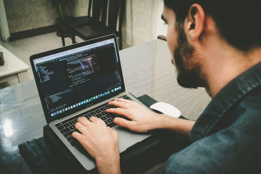 Desenvolvedores WEB confiáveis - Vinicius Verner